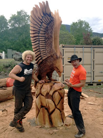 eagle-carving-wood